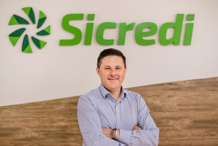 Diretor-executivo da Sicredi Pioneira RS, Solon Stapassola Stahl, palestra no Prato Principal da ACI na próxima semana