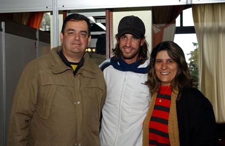 No Gramado Open de Tênis, com o tenista Flávio Saretta