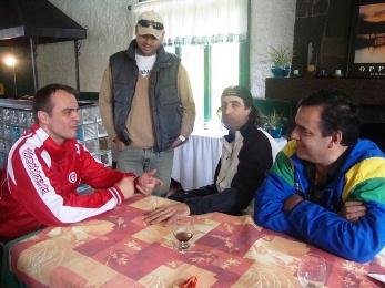 Júnior, Pohlman, Meligeni e De Zotti no torneio de tênis em Gramado