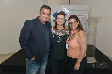 Com a prefeita de Novo Hamburgo, Fátima Daudt, em palestra na ACI - fev 2017