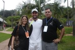 De Zotti e Ana com o tenista Lucas Engel