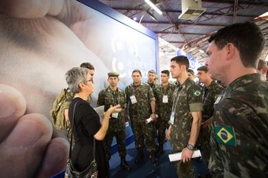 Militares buscam fornecedores na Mercopar para nacionalizar componentes