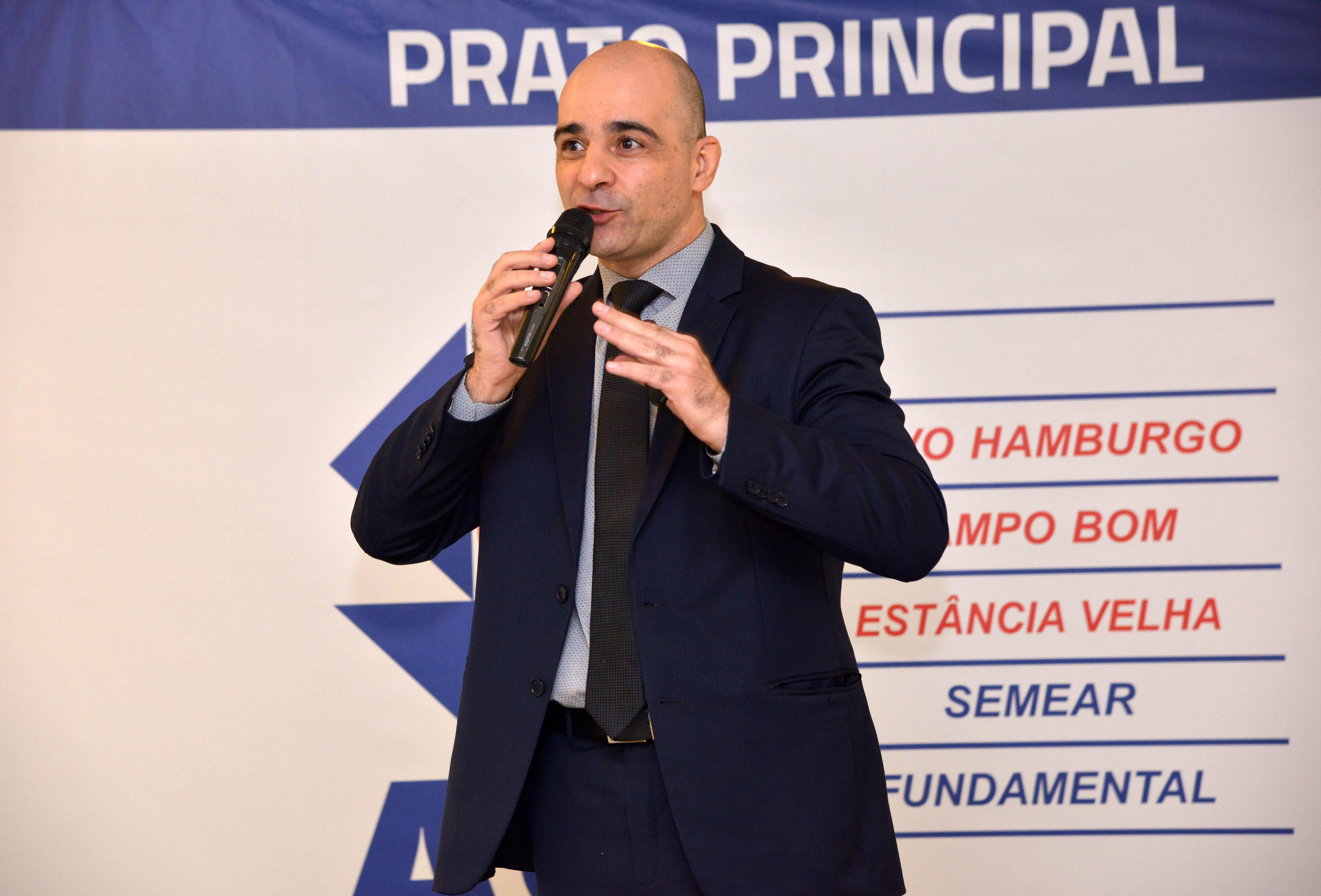 A injustiça tributária no Brasil foi tema do Prato Principal da ACI