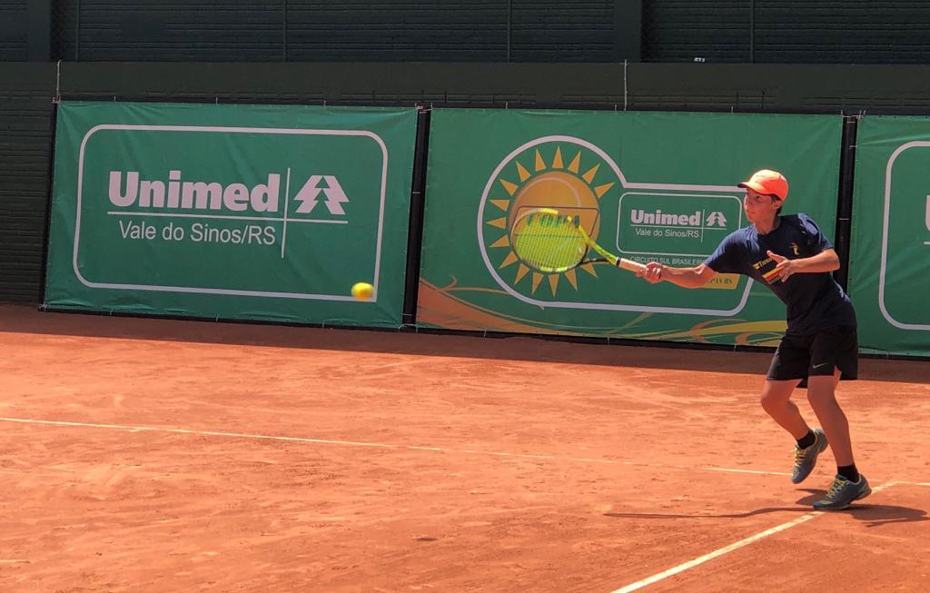Copa Unimed VS de Tênis tem segunda-feira de semifinais